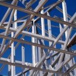 鉄骨と木造、どっちが地震に強いのか?
